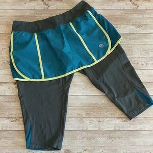 MTN HARDWARE skirted grey Capri tights size M